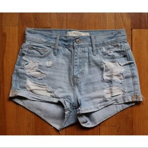 Abercrombie & Fitch denim mid-rise shorts size 0